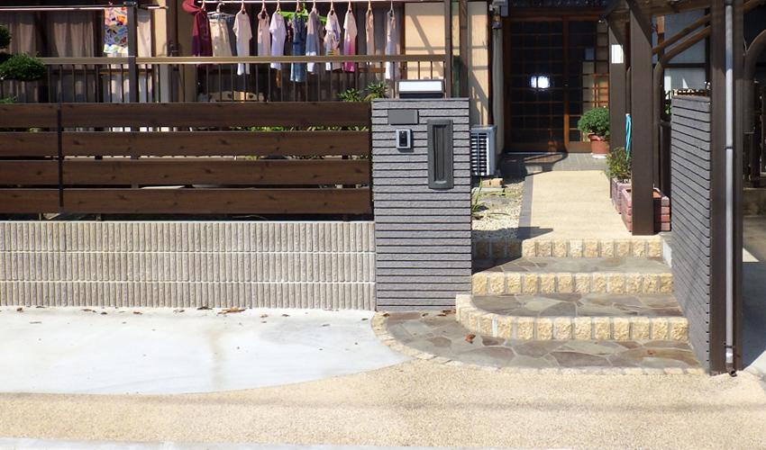 施工事例 リフォーム外構 玄関 駐車場拡張 植栽 鈴鹿市